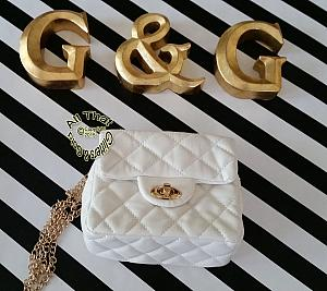 Little Girls White Faux Leather Quilted Handbag With a Chain Shoulder Strap